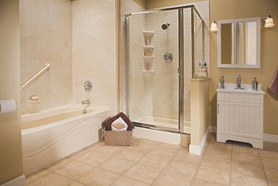 Almond Shower and Tub.jpg