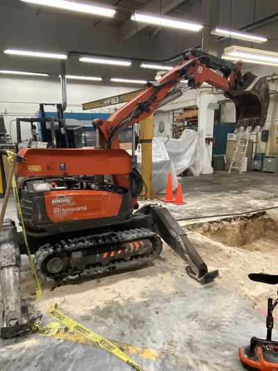 Robot 1 800 - OHIO CONCRETE - DIG.jpg